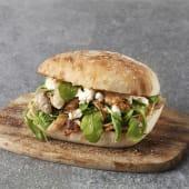Mediterráneo sándwich ternera