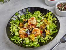 Салат с креветками и карамелизированными баклажанами 180 г.