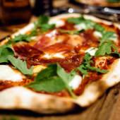 Pizza de jamón 100% ibérico
