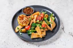 Тофу з запеченою картоплею і брокколі (300г)