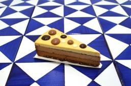 Torta i tre cioccolati di valrhona