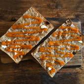 Pizza alla pala burro e marmellata di albicocche
