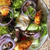 Салат з телятиною і яйцем пашот