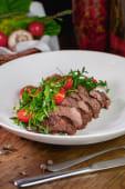 Теплий салат із телятиною (250г)