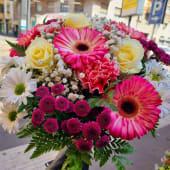 Bouquet fiori di stagione colori