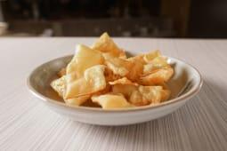 Wantan frito (6 unds.)