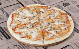 Піца з куркою та грибами (260г)