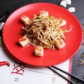 Салат із соєвих паростків та сиру тофу (200г)