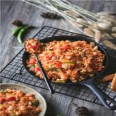 Arroz mil delicias con gambas verduras y salsa de sojas