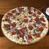 Pizza Toto's mil fuegos Familiar