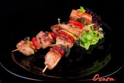 Шашличок зі свинини c овочами (270г)