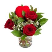 Tres rosas con corazón