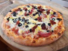 Pizza Napoli Ø 32cm