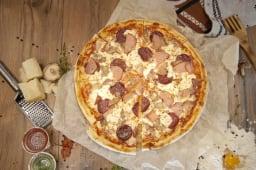 Піца Капрічоза (450г/30см)