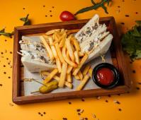 Клаб-сэндвич с куриной грудкой