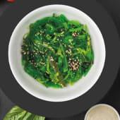 Салат Чука з горіховим соусом (веган) (140г)