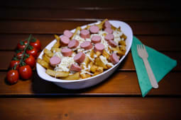 Chicken sausage poutine X-large