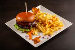 Burger Cedar