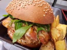 Chicken Teriyaki Burger con Patataschips