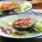 Салат з авокадо та тунцем (250г)