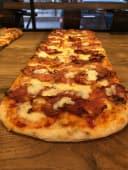 COMBO -  Pizza Calabra + 2 sosuri la alegere