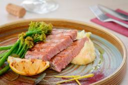 Blue fin tuna steak, creamy patato, young broccoli