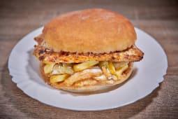Hamburger cu piept de pui