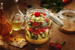 Salata cu avocado si baby spanac