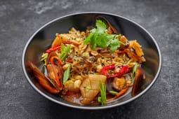 Лапша з морепродуктами (380г)