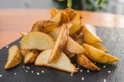 Картопля по-селянськи (150/30г)