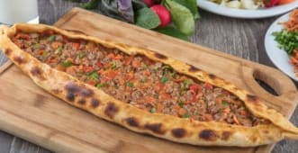 Pide with Meat