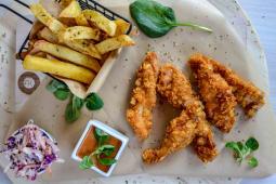 Crispy Chicken + 1 DESERT GRATIS