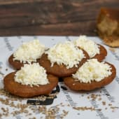 Arepitas dulces con queso llanero venezolano