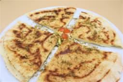 13.Arayes jibne (queso)