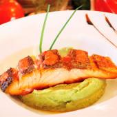 Crispy salmone (25% de descuento)