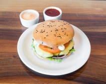 Zestaw Classic burger, frytki, sos