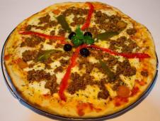 Pizza carnívora picante