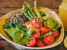 Salad Bowl de Salmão Fumado
