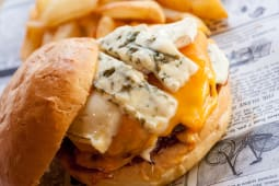 Cheese Party Burger