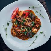 Томлена телятина в томатному соусі (250г)