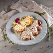 Muschiulet de porc cu sos de trufe si cartofi gratinati