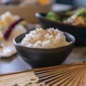 Gohan con arroz blanco