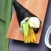 Temaki mango, palta y Philadelphia (1 ud.)