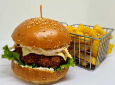 Crispy burger + frites