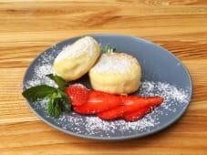 Сирники з ягодами (2шт/140г)