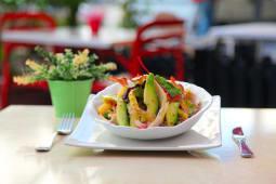 Salade au Poulet & Avocat