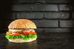 Бургер з телятиною і моцарелою (360/100/40г)