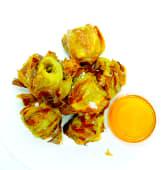 Corazones de alcachofa fritos con un toque de miel