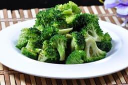Жареные брокколи