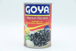 Frijoles Negros Guisados Goya Lata 425 Gramos.